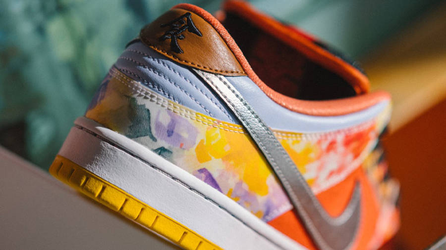 Nike SB Dunk Low Street Hawker Lifestyle Back