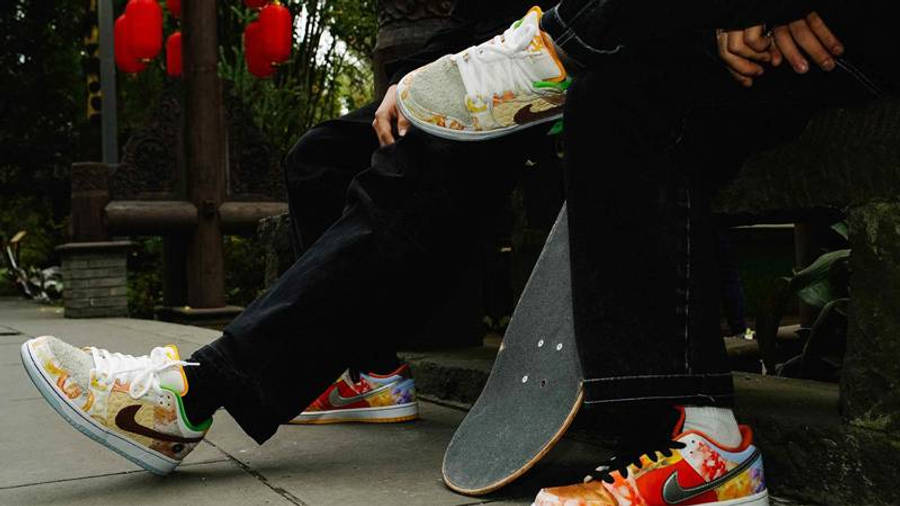 Nike SB Dunk Low Street Hawker On Foot 1