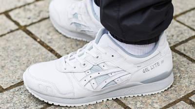 ASICS Gel-Lyte 3 White Light Grey On Foot Side