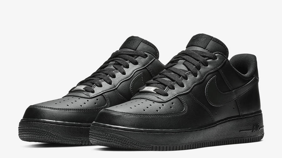 Nike Air Force 1 07 Black Front