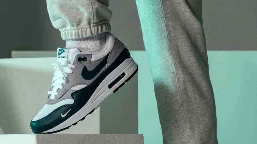 Nike Air Max 1 LV8 Dark Teal Green On Foot