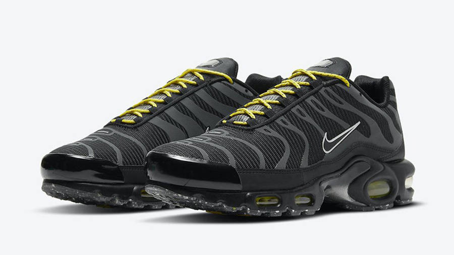 Nike TN Air Max Plus Black Yellow DD7112-002 front