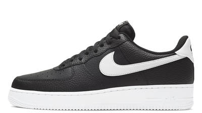 Nike Air Force 1 07 Black White