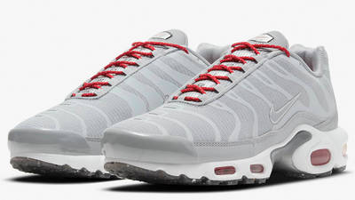 Nike Air Max Plus Grey Red Front