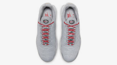 Nike Air Max Plus Grey Red Middle