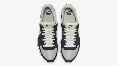 Nike Challenger OG Black Grey CW7645-007 middle
