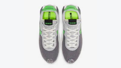 Nike-DMSX-Waffle-Mean-Green-Top