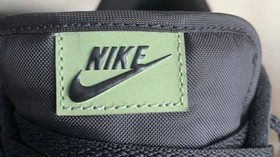 Nike Dunk Low SE Oil Green Tongue