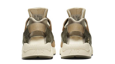 Stussy x Nike Air Huarache LE Desert Oak Back