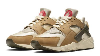 Stussy x Nike Air Huarache LE Desert Oak Front