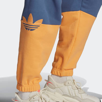 adidas Adicolor Sliced Trefoil Joggers GN3446 Detail