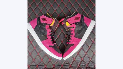Jordan 1 High Zoom Pink Black lifestyle