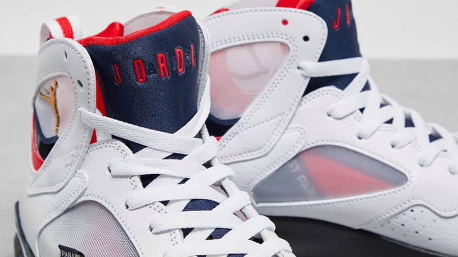 Jordan 7 PSG tongue