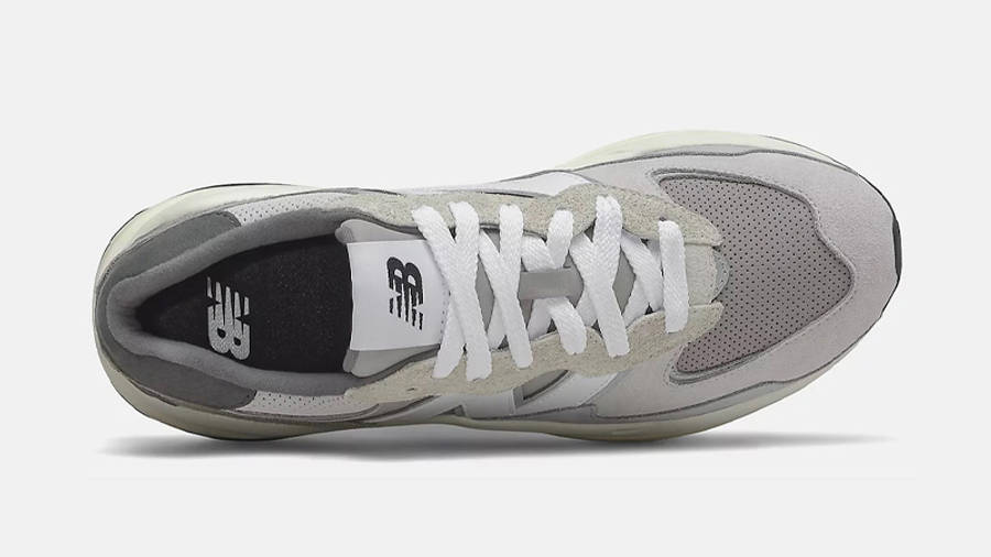 New Balance 5740 Grey White Middle