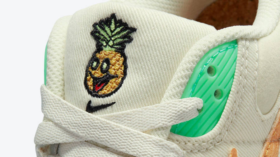 Nike Air Max 90 Happy Pineapple Closeup