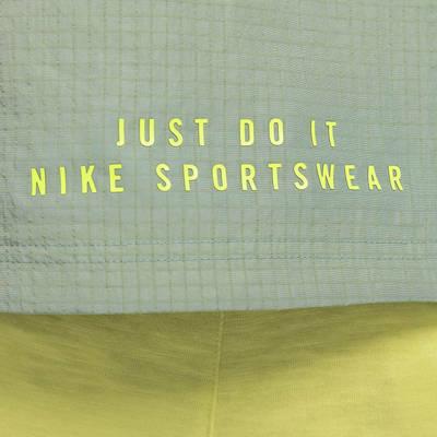 Nike Sportswear DNA Woven Gilet Pine Green Branding