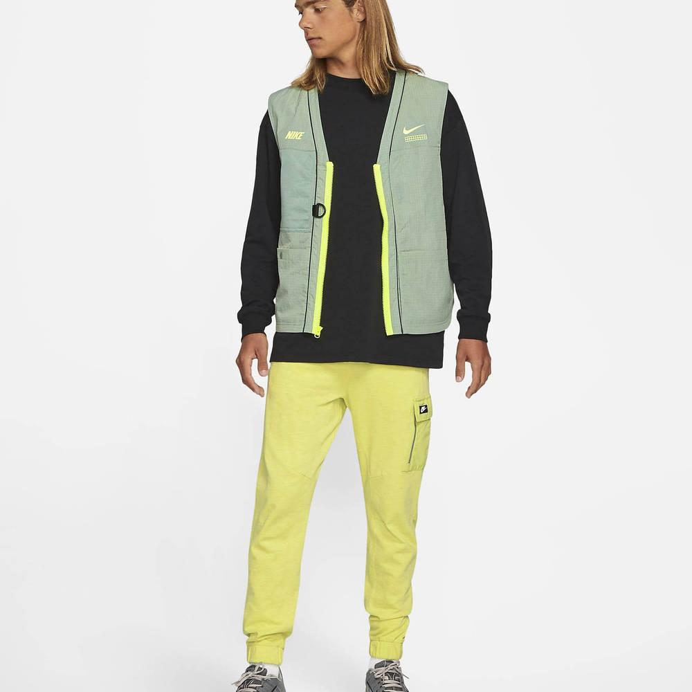 Nike Sportswear DNA Woven Gilet Pine Green Full