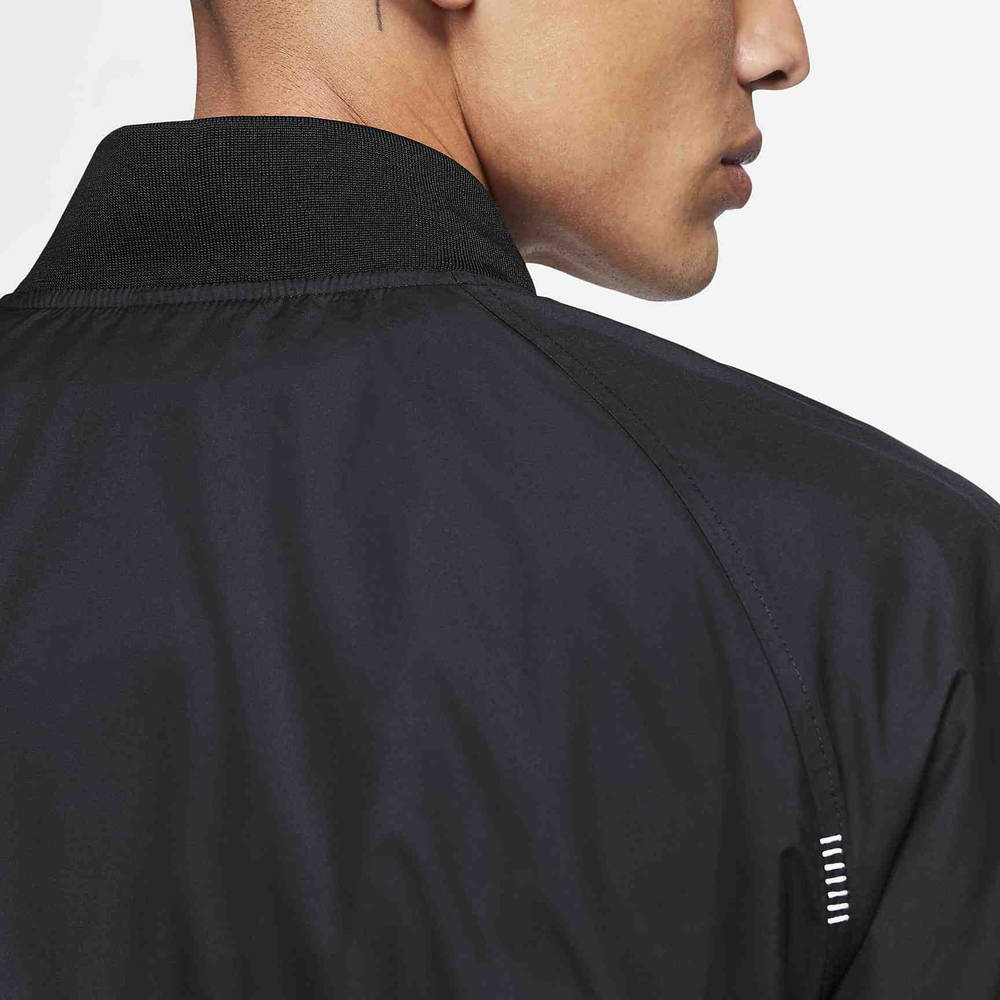 Nike Sportswear Woven Jacket Black DA0647-010 Detail Shoulder