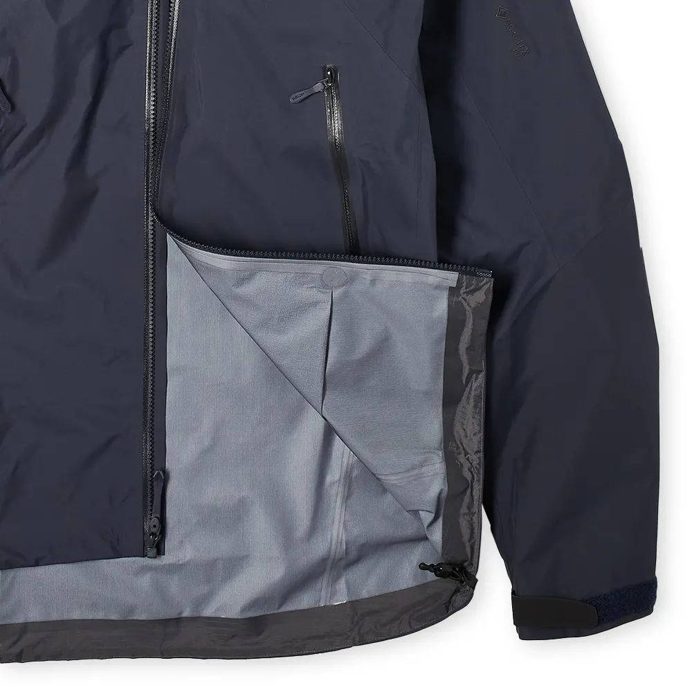 Arc'teryx Beta AR Packable Gore-Tex Jacket Front Closeup