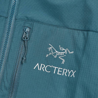Arc'teryx Squamish Hooded Jacket 25172 Ladon Detail