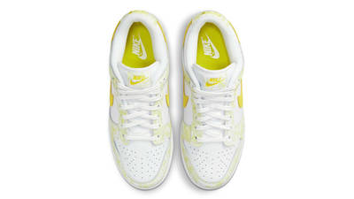 Nike Dunk Low Yellow Strike Middle