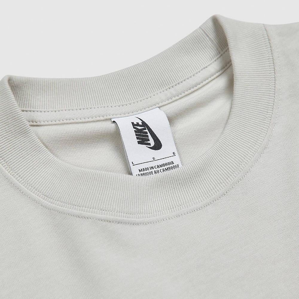 Nike Solo Swoosh T-Shirt CV0559-072 Detail