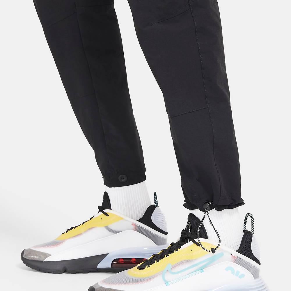 Nike Sportswear Air Max Woven Cargo Trousers DC2553-010 Detail 2