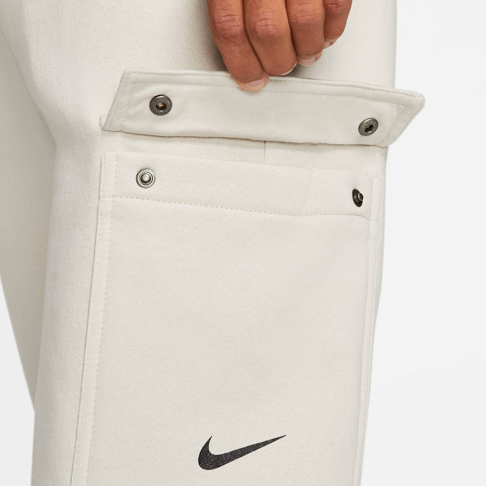 Nike Sportswear Fleece Cargo Trousers DJ6300-072 Detail