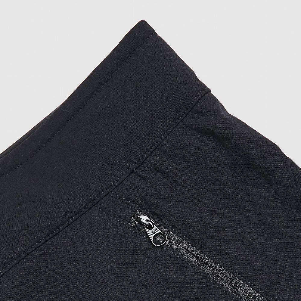 Arc'teryx Palisade Shorts Black Detail 4