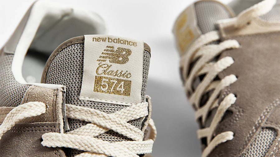 New Balance 574 Grey Day Detail Front