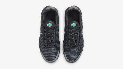 Nike Air Max Plus GS Smoke Grey Lime Glow DM3266-001 Top