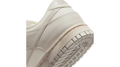 Nike Dunk Low Light Bone DD1503-107 Detail 2
