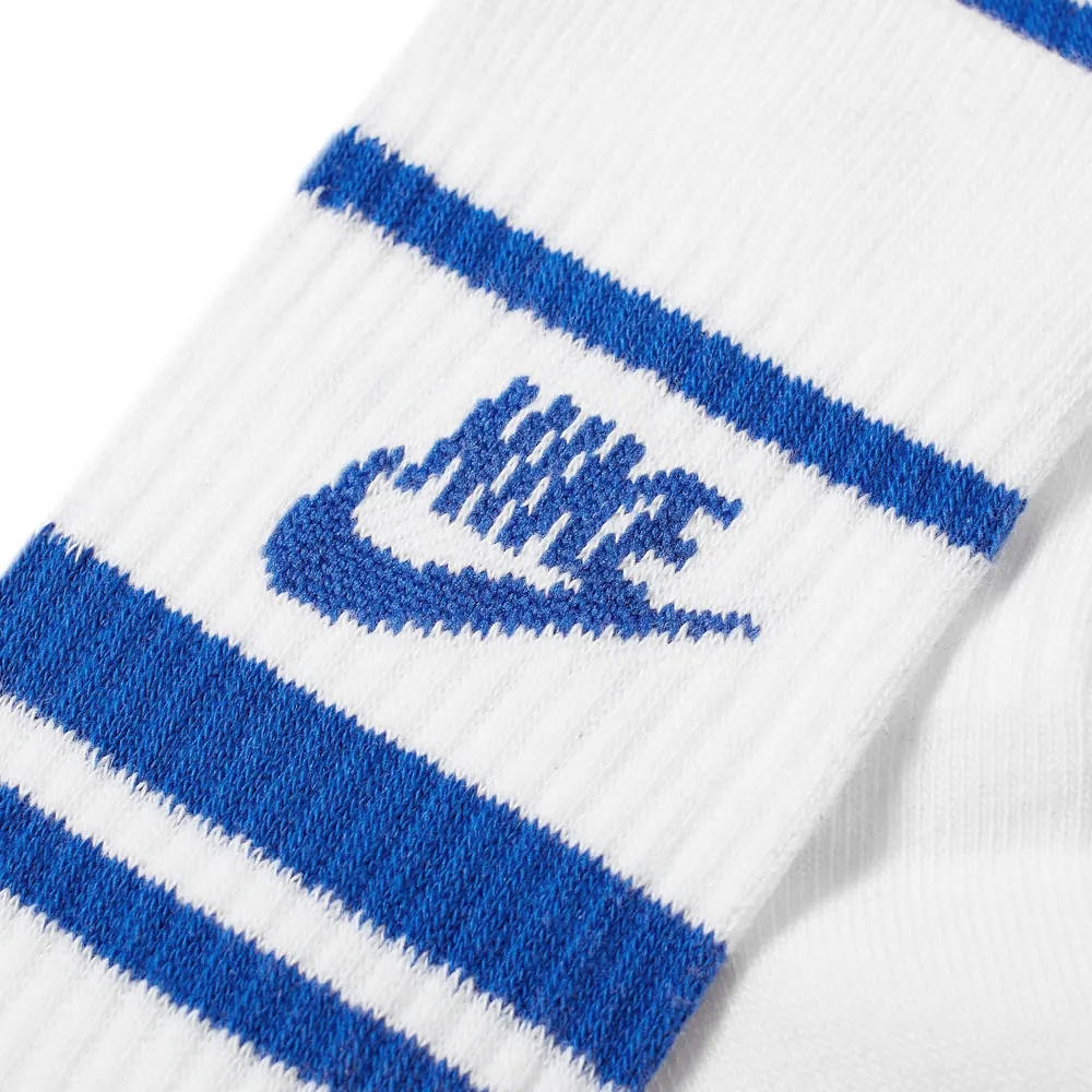 Nike Essential Stripe Sock CQ0301-105 Detail