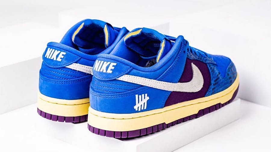 UNDEFEATED x Nike Dunk Low Blue Snakeskin Back