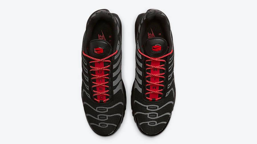 Nike TN Air Max Plus Black Reflective DN7997-001 middle