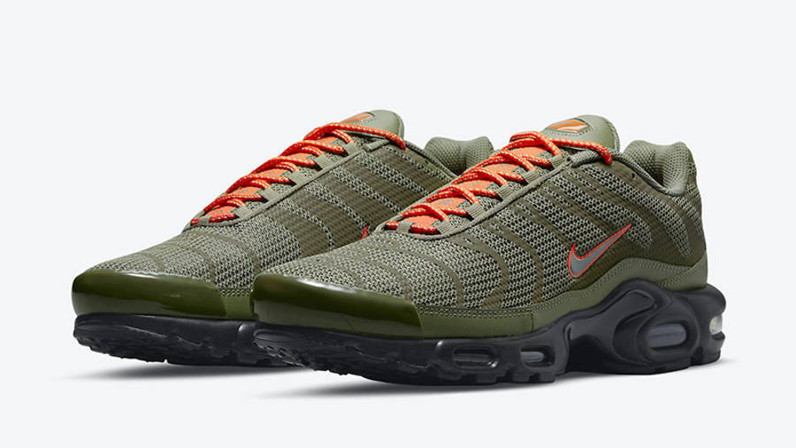 Nike TN Air Max Plus Olive Reflective DN7997-200 front