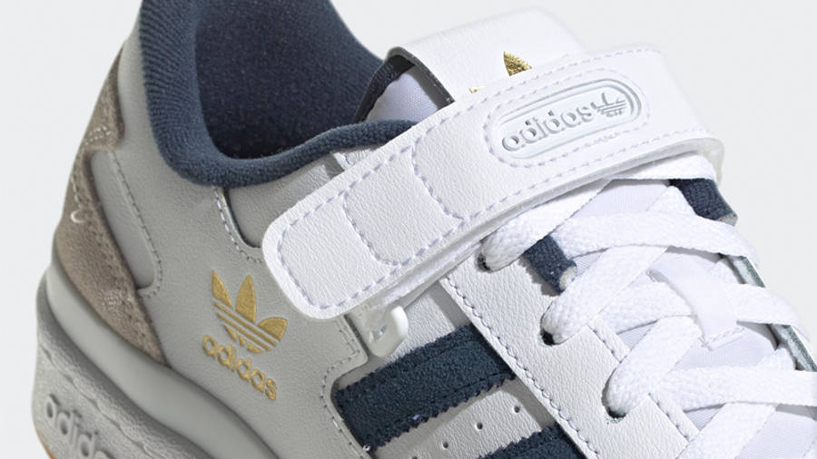 adidas Forum Low White Crew Navy Closeup