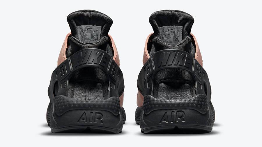 Nike AIr Huarache Toadstool Black Back