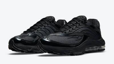 Nike TN Air Max Triple Black Front