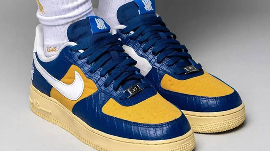UNDEFEATED x Nike Air Force 1 Low Blue Croc DM8462-400 on foot front