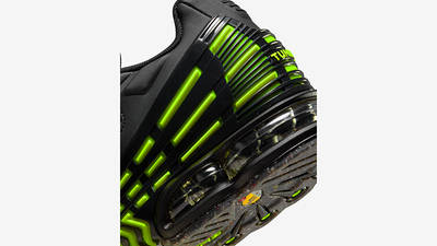 Nike Air Max Plus 3 Black Hazel Rush Volt DM9097-001 Detail 2