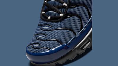 Nike Air Max Plus Midnight Navy DC6094-400 Detail
