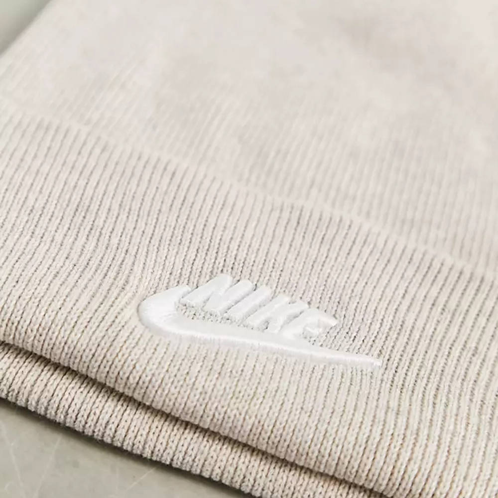 Nike Futura Logo Low Beanie Taupe Detail