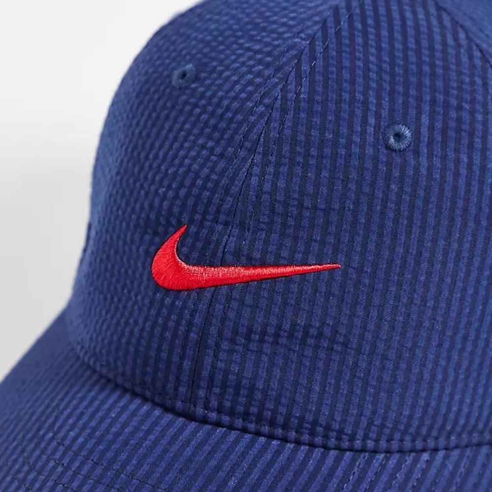 Nike SB H86 Seersucker Embroidered Logo Cap Navy Detail