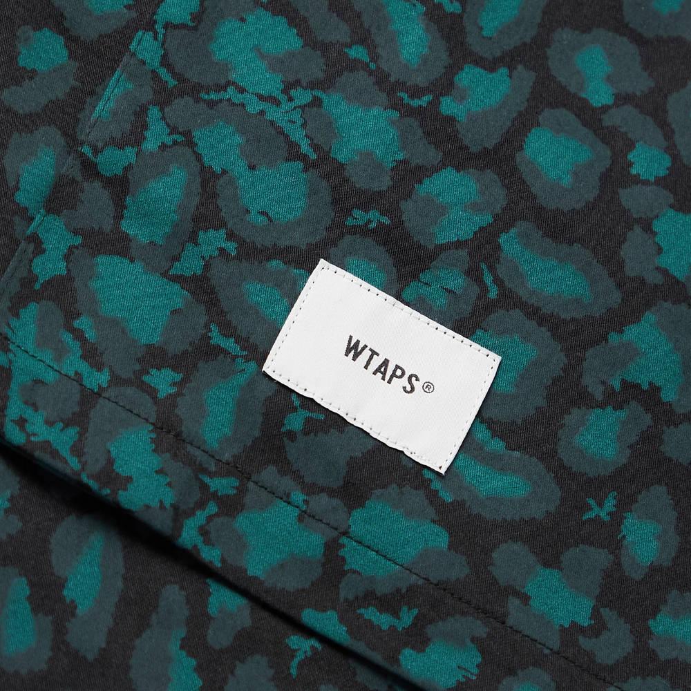 WTAPS Night Vision Camp-Collar Leopard-Print Cotton-Twill Shirt Green Detail
