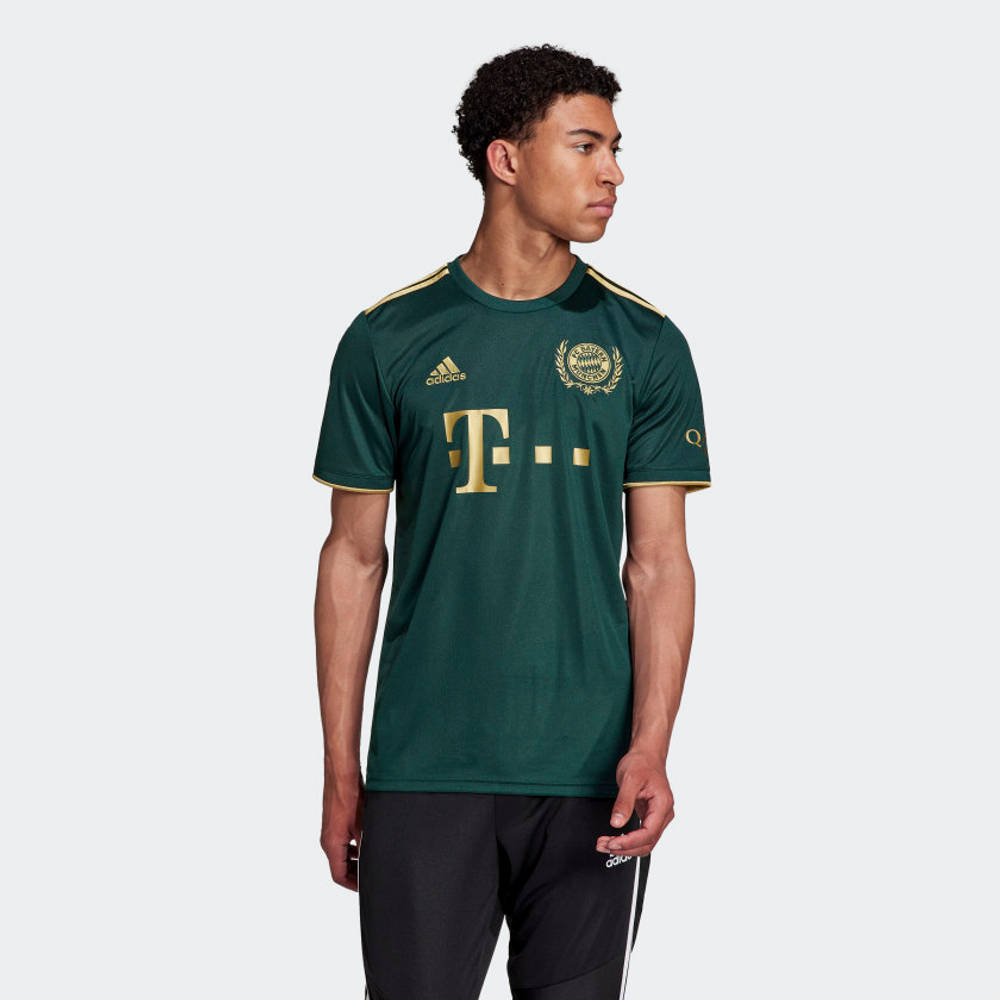 adidas FC Bayern 21-22 Wiesn Football Jersey HF0253