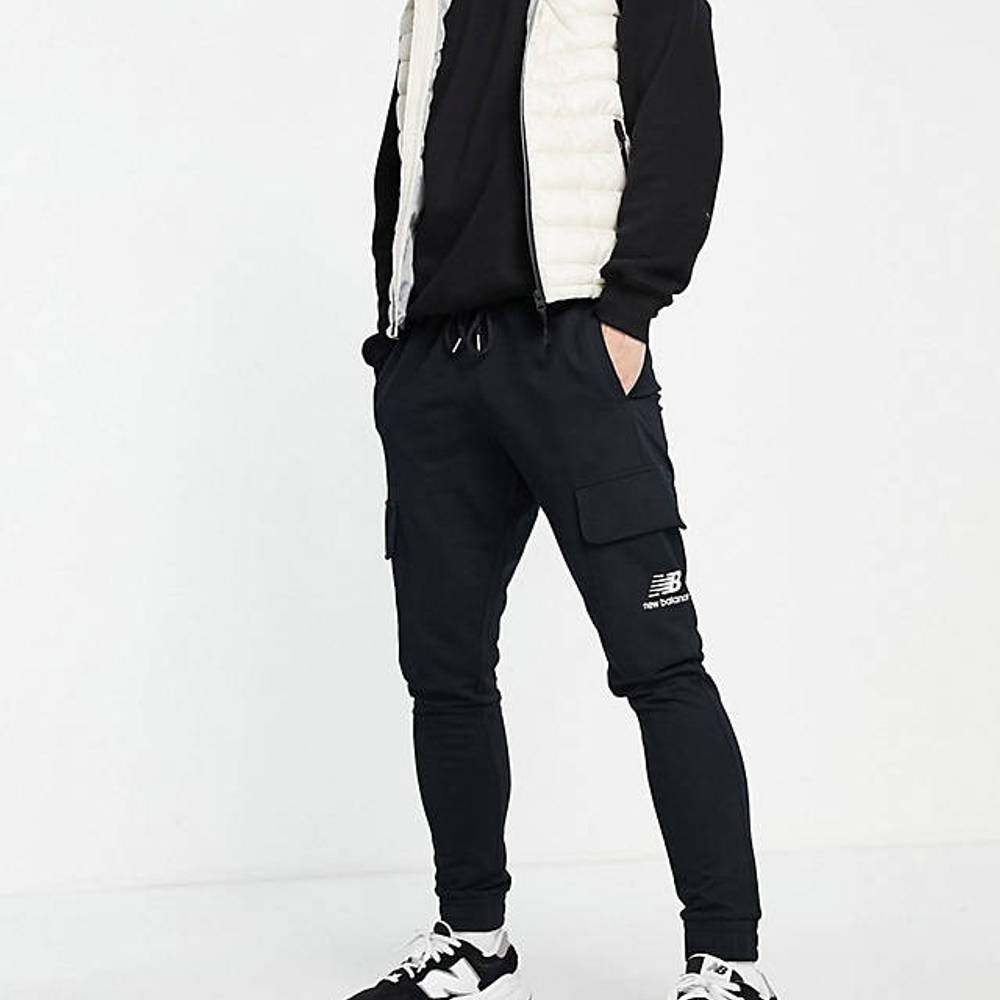 New Balance Logo Cargo Trousers Black Full