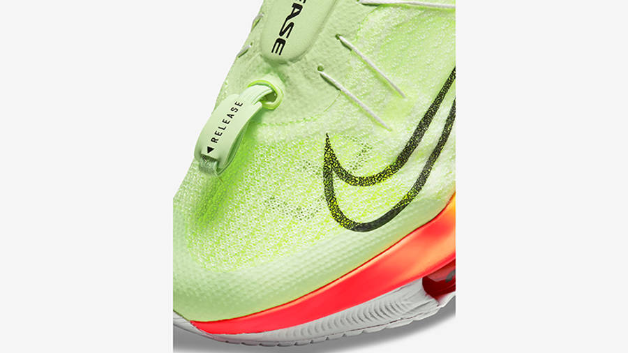 Nike Air Zoom Tempo NEXT% FlyEase Barely Volt CV1889-700 Detail