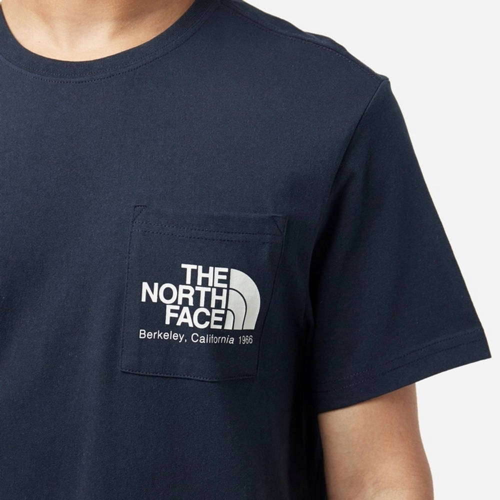 The North Face Berkeley Pocket T-Shirt Navy Detail