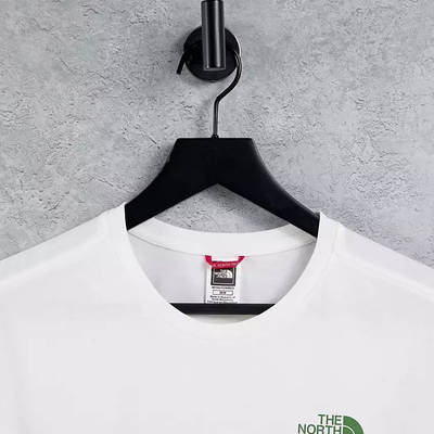 The North Face Mountain Outline T-Shirt White Detail